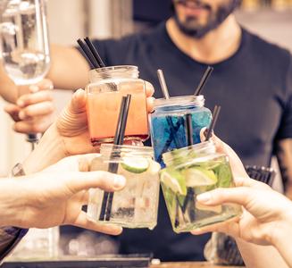 alcohol-cocktails-327x300
