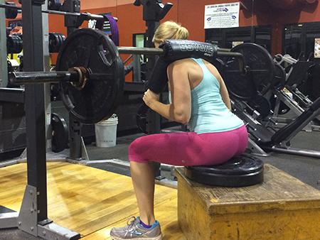 barbell-squat-secret-squat-part3-molly-safety-box-450x338
