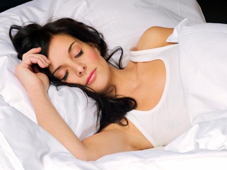 women-and-stress-woman-sleeping-450x338